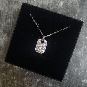 """שרשרת כסף סטרלינג 925 עם תליון דוג טאג משובץ אבני זירקון אורך השרשרת לבחירתך אורך התליון: 2.5 ס""""מ שנה אחריות"""