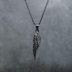 שרשרת כנף לגבר שחור