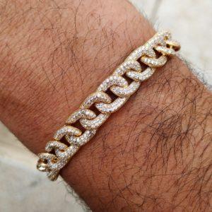 צמיד הדומה לצמיד אייל גולן דק זהב