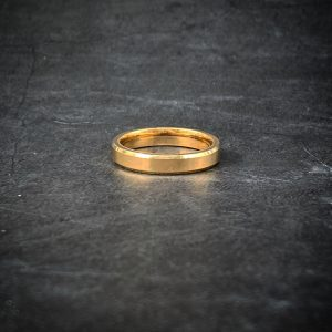 טבעת לגבר סטיל - זהב