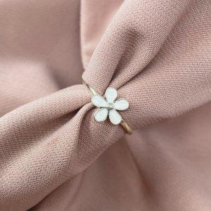 טבעת כסף - פרח לבן