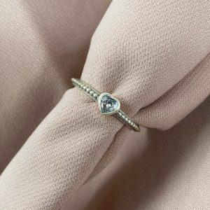 טבעת כסף - לב קטן משובץ