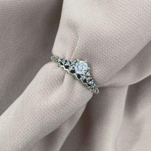 טבעת כסף - כתר משובץ